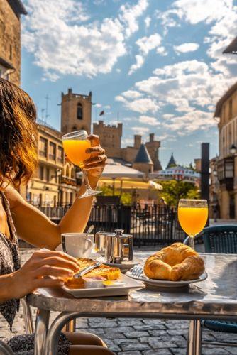 GALERÍA DE FOTOS Desayunos Hotel Ducay en Olite