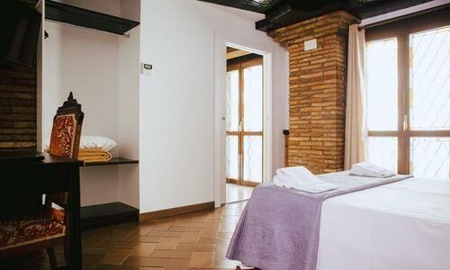 GALERÍA DE FOTOS Habitación cama matrimonio Olite