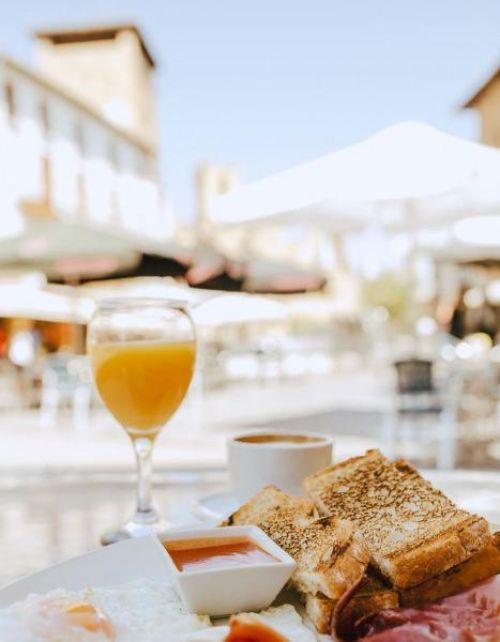 GALERÍA DE FOTOS Hotel con desayunos Olite